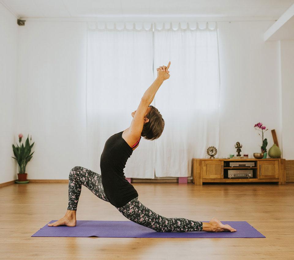 posizioni_yoga_corsi